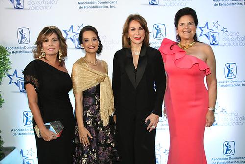 Marina Román, Margarita Moronta, Milagros Germán y Sonia Villanueva de Brouwer.