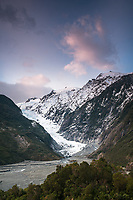 Dawn over Franz Josef Glacier as seen from Sentinel Rock lookout, Westland Tai Poutini National Park, West Coast, UNESCO World Heritage Area, New Zealand, NZ