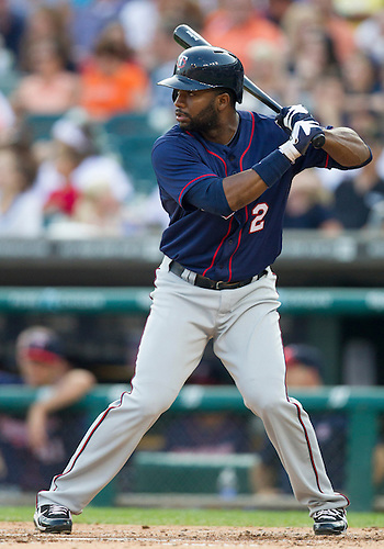 July 02, 2012:  Minnesota Twins outfielder Denard Span (2) at bat during MLB game action between the Minnesota Twins and the Detroit Tigers at Comerica Park in Detroit, Michigan.  The Twins defeated the Tigers 6-4.