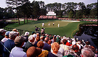 The Masters 2001 - das 15. Gr�n ein Blick von der Zuschauer Trib�ne auf das 15. Gr�n , links zu sehen das 16. Gr�n . , Augusta Georgia U S A *** The Masters 2001 The 15 Green A View From The Spectator Tribune On The 15 Green Left To See The 16 Green Augusta Georgia U S A