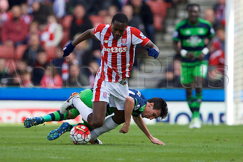 02.04.2016. Britannia Stadium, Stoke, England. Barclays Premier League. Stoke City versus Swansea City.  Stoke City midfielder Giannelli Imbula wins a challenge