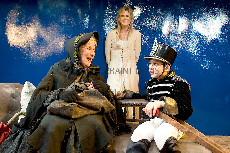 Little Eyolf by Henrik Ibsen directed by Anthony Biggs. With Doreen Mantle as Rat Wife,Lino Facioli as Little Eyolf,Imogen Stubbs as Rita Allmers. Opens at The Jermyn Street Theatre on 5/4/11  CREDIT Geraint Lewis