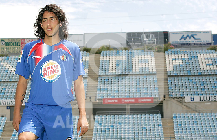 Getafe's new player Daniel Parejo during his official presentation. July 27, 2009. (ALTERPHOTOS/Alvaro Hernandez).