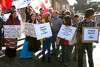 Roma 22 Ottobre 2011.Marcia Internazionale per la Libertà dei popoli Birmano, Iraniano, Tibetano, Uyghuro.Rome October 22,2011.Marcia International Freedom of the people of Burma, Iran, Tibetan, Uyghur