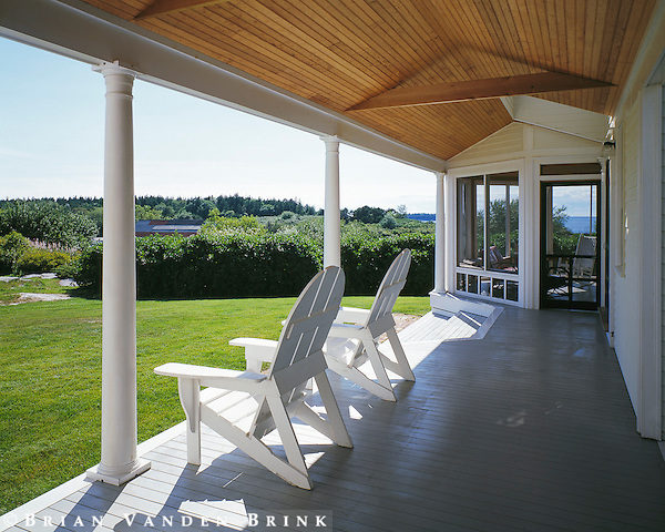 Design: Perry Dean Rogers Partners Architects
