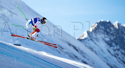01.12.2016, Val d Isere, France.  FIS World Cup Alpine skiing , Val d Isere, Training. Marc Gisin of Switzerland in action during the 2nd practice run