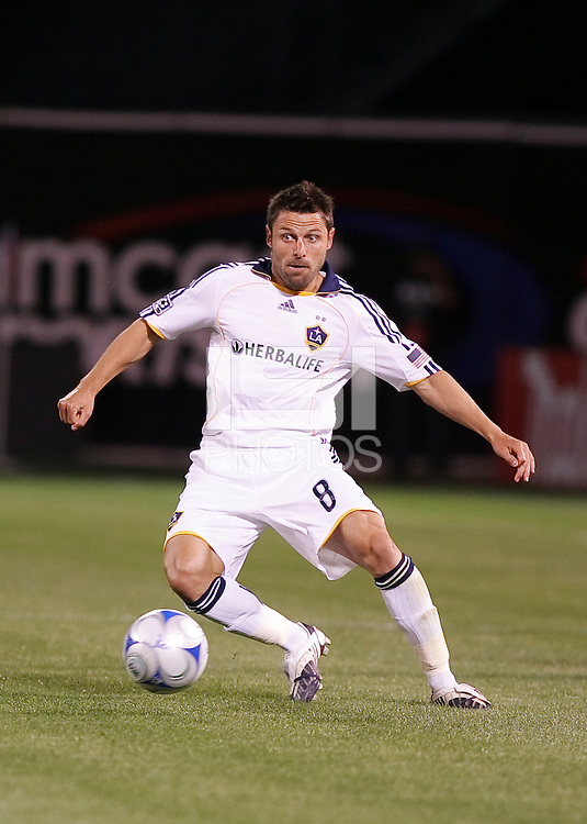Dema Kovalenko controls the ball. San Jose Earthquakes tied Los Angeles Galaxy 1-1 at the McAfee Colisum in Oakland, California on April 18, 2009.