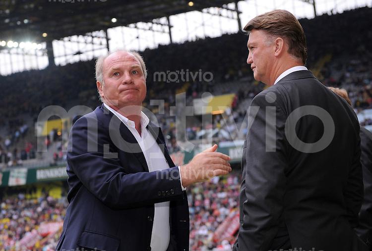 FUSSBALL  1. BUNDESLIGA   SAISON 2009/2010   5. SPIELTAG    12.09.2009 BVB Borussia Dortmund - FC Bayern Muenchen  v. re., Trainer Louis van Gaal mit Manager Uli Hoeness  (FCB)