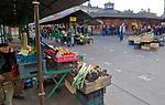 Stoisko z warzywami , Plac Nowy na krakowskim Kazimierzu.<br /> Stand with vegetables, New Square on Krakow's Kazimierz.