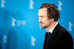 Actor Lars Eidinger promotes his film Sworn Virgin during the LXV Berlin film festival, Berlinale at Potsdamer Straße in Berlin on February 12, 2015. Samuel de Roman / Photocall3000 / Dyd fotografos-DYDPPA.