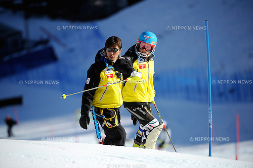 (R-L) Emiko Kiyosawa,  Tsubasa Okada (JPN), NOVEMBER 27, 2011 - Alpine Skiing : Audi FIS Alpine Ski World Cup Women's Slalom in Aspen, Colorado, USA. (Photo by Hiroyuki Sato/AFLO)