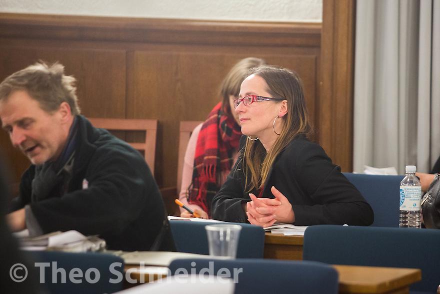 Die ehemalige Neuköllner AfD-Politikerin und jetzt fraktionslose Verordnete Anne Zielisch. // Neuköllner AfD-Stadtrat bei zweiter BVV-Sitzung erneut nicht gewählt.