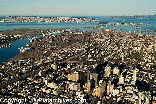 aerial photograph Oakland, California