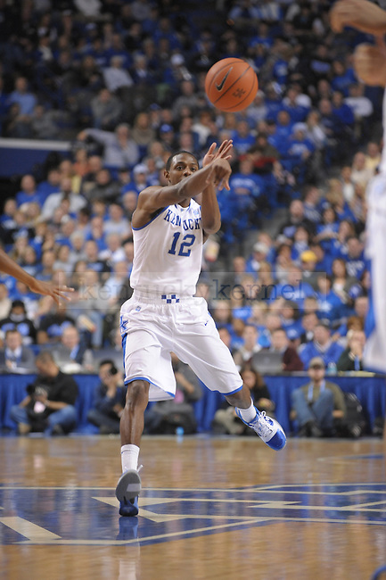 UK's Brandon Knight passes during the second half of the University of Kentucky Men's basketball game against Mississippi Valley State at Rupp Arena in Lexington, Ky., on 12/18/10. Uk won the game 85-60. Photo by Mike Weaver | Staff