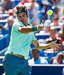 Roger Federer (SUI) defeats Vasek Pospisil (CAN) 7-6(4), 5-7, 6-2