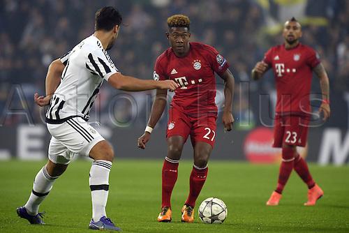 23.02.2016. Turin, Italy. UEFA Champions League football. Juventus versus Bayern Munich.  David Alaba Bayern, Sami Khedira Juventus