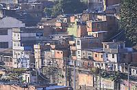 RIO DE JANEIRO, RJ, 12 DE JULHO DE 2013 -MORRO DA MANGUEIRA-RJ- Vista aérea do morro da Mangueira, zona norte do Rio de Janeiro.FOTO:MARCELO FONSECA/BRAZIL PHOTO PRESS