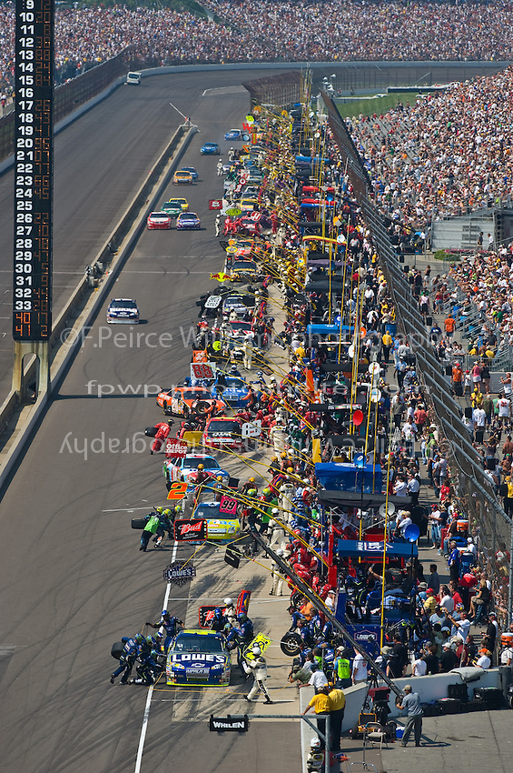 25-27 July 2008, Indianapolis, Indiana USA.Jimmie Johnson at the front of the field during a competition yellow..©F.Peirce Williams 2008, USA.F. Peirce Williams.photography