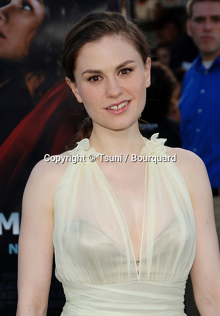 Anna Paquin  arriving at the SUPERMAN RETURNS Premiere at the Westwood Village Theatre in Los Angeles. June 21, 2006.