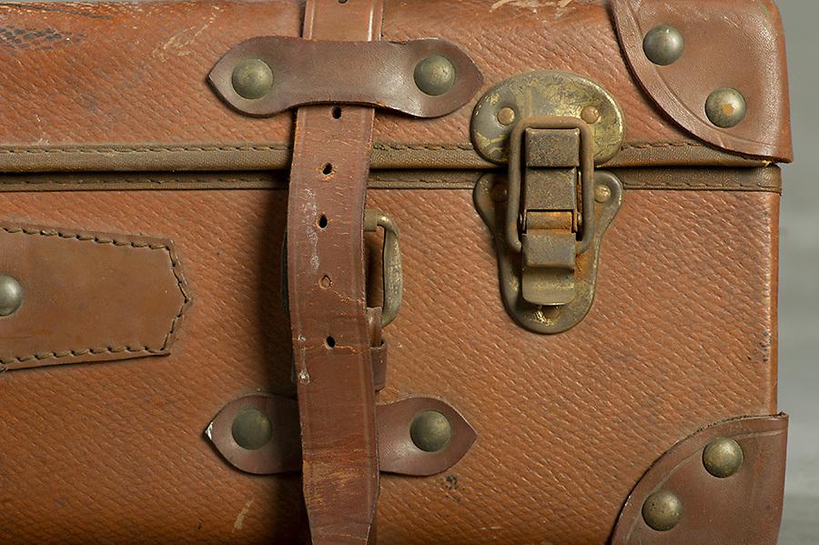 Willard Suitcases / Joseph V / ©2014 Jon Crispin