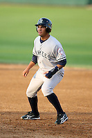 April 11, 2009:  Infielder Luis Nunez (11) of the Tampa Yankees, Florida State League Single-A affiliate of the New York Yankees, during a game at Joker Marchant Stadium in Lakeland, FL.  Photo by:  Mike Janes/Four Seam Images