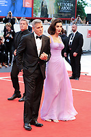 U.S. director George Clooney, left, and his wife Amal Alamuddin walk on the red carpet for the screening of the movie 'Suburbicon' at the 74th Venice Film Festival, Venice Lido, September 2, 2017. <br /> UPDATE IMAGES PRESS/Marilla Sicilia<br /> <br /> *** ONLY FRANCE AND GERMANY SALES ***
