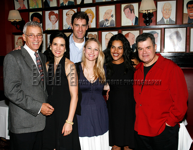 Mark LaMura, Laura Koffman, Patrick Boll, Sarah Wynter, Sarita Choudhury & Michael Badalucco<br />