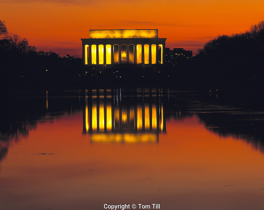 Lincoln Memorial, Sunset View at Reflecting Pond, Washington, D.C.