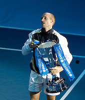 Nicolay Davydenko (RUS) (7) against Juan Martin Del Potro (ARG) (5) in the final of the Barclays ATP World Tour Finals. Davydenko beat Del Potro 6-3 6-4..International Tennis - Barclays ATP World Tour Finals - O2 Arena - London - Day 8 - Sun 29 Nov 2009..© Frey - AMN IMAGES, Level 1 Barry House, 20-22 Worple Road, London, SW19 4DH - +44 20 8947 0100
