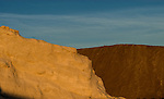 "Camargue-Aigues Mortes. Le ""camelle"" sono colline di sale alte tra i 20/30 mt."