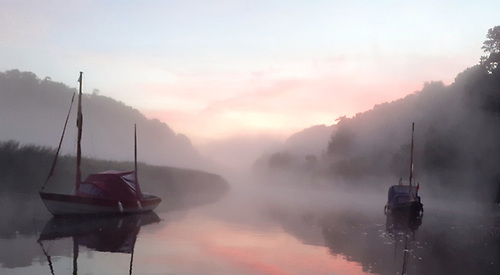 dawn chorus greets the misty sunrise and Drascombes asleep in the Boyne Navigation