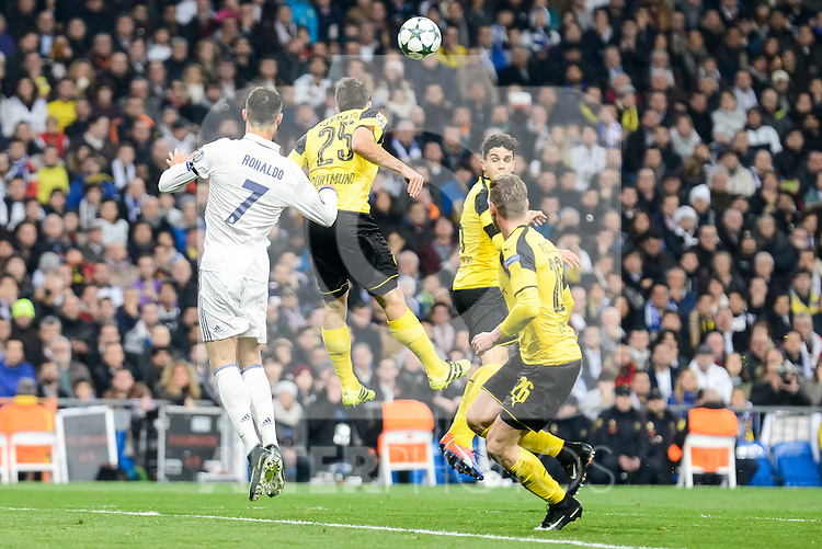 Real Madrid's Cristiano Ronaldo and Borussia Dortmund Sokratis Papastathopoulos and Lukasz Pisczek during the UEFA Champions League match between Real Madrid and Borussia Dortmund at Santiago Bernabeu Stadium in Madrid, Spain. December 07, 2016. (ALTERPHOTOS/BorjaB.Hojas)
