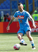 Calcio, Serie A: Roma vs Napoli. Roma, stadio Olimpico, 25 aprile 2016.<br /> Napoli&rsquo;s Marek Hamsik in action during the Italian Serie A football match between Roma and Napoli at Rome's Olympic stadium, 25 April 2016.<br /> UPDATE IMAGES PRESS/Riccardo De Luca