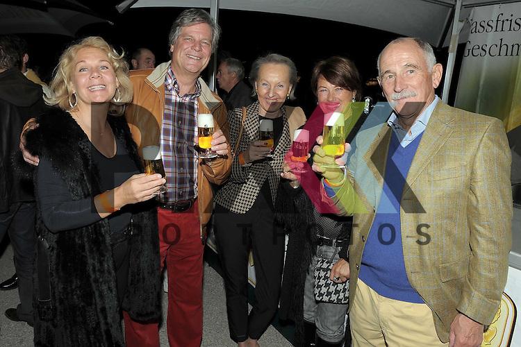 Mannheim 19.09.2009, City Loops beim Arkadenfest, Andrea Ziegler; fischerziegler GmbH, Dr. Axel Simon; Bitburger Braugruppe,<br /> Frau Wenzel, Rosie Lang; Haardesign, Herr Wenzel.<br /> <br /> Foto &copy; Rhein-Neckar-Picture *** Foto ist honorarpflichtig! *** Auf Anfrage in h&ouml;herer Qualit&auml;t/Aufl&ouml;sung. Belegexemplar erbeten.