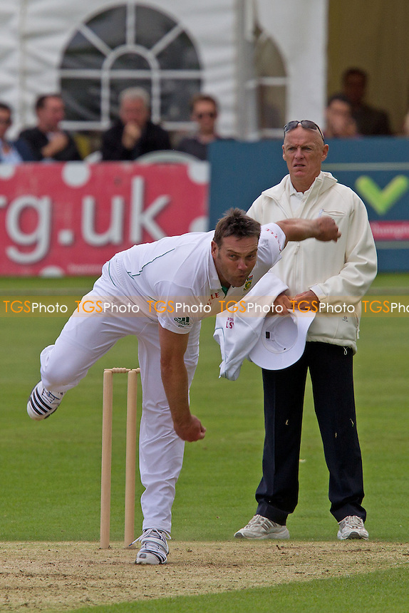 Jacques Kallis, South Africain action - Kent CCC vs South Africa - Tourist Match Cricket at The St Lawrence Ground, Canterbury - 13/07/12 - MANDATORY CREDIT: Ray Lawrence/TGSPHOTO - Self billing applies where appropriate - 0845 094 6026 - contact@tgsphoto.co.uk - NO UNPAID USE.