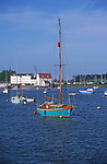 AT5CHC Sailing boats on the River Deben Woodbridge Suffolk England