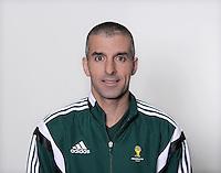 FUSSBALL Fototermin FIFA WM Schiedsrichterassistenten 09.04.2014 Hakan ANAZ (Australien)