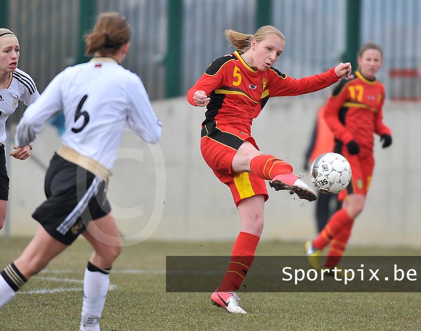 Belgie U17 - Duitsland U17 : Inne De Smet.foto DAVID CATRY / Vrouwenteam.be