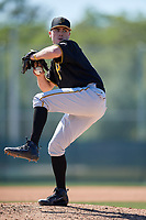 Pittsburgh Pirates pitcher Matt Seelinger (51) during a minor league Spring Training game against the Atlanta Braves on March 13, 2018 at Pirate City in Bradenton, Florida.  (Mike Janes/Four Seam Images)