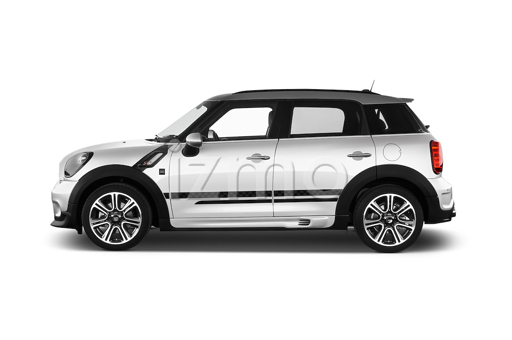 Car Driver side profile view of a 2016 MINI Countryman Cooper-S 5 Door Hatchback Side View