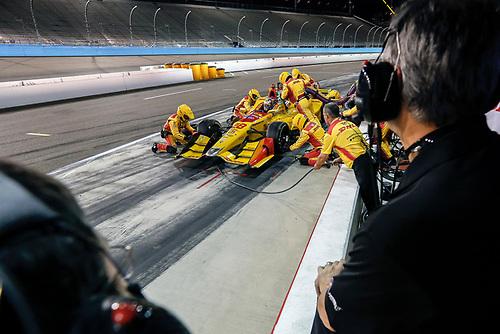 1-2 April, 2016, Avondale, Arizona USA<br /> 28 Ryan Hunter-Reay pit stop<br /> ©2016, Sam Cobb<br /> LAT Photo USA
