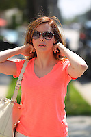 Rose McGowan - Hair salon in Beverly Hills
