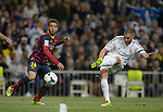 """Real Madrid's French forward Karim Benzema kicks the ball during the """"El clasico"""" Spanish League football match Real Madrid vs Barcelona at the Santiago Bernabeu stadium in Madrid on March 23, 2014.   PHOTOCALL3000/ DP"""