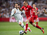Franck Ribery (r) of FC Bayern Munich in action during their 2016-17 UEFA Champions League Quarter-finals second leg match between Real Madrid and FC Bayern Munich at the Estadio Santiago Bernabeu on 18 April 2017 in Madrid, Spain. Photo by Diego Gonzalez Souto / Power Sport Images