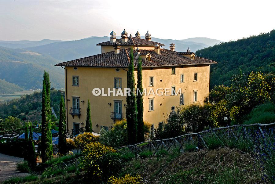 Vila no campo em Citta diCastello. Umbria. Itália. 2006. Foto de Luciana Whitaker.
