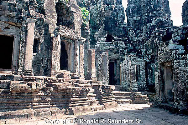 [PHOTO AVAILABLE in PRINT ONLY]<br /> [UNSECO WORLD HERITAGE SITE]<br /> <br /> ANGKOR WAT TEMPLE (3)