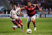 ATENCAO EDITOR: FOTO EMBARGADA PARA VEÍCULOS INTERNACIONAIS. - RIO DE JANEIRO, RJ, 30 DE SETEMBRO DE 2012 - CAMPEONATO BRASILEIRO - FLAMENGO X FLUMINENSE - Ibson, jogador do Flamengo, durante partida contra o Fluminense, pela 27a rodada do Campeonato Brasileiro, no Stadium Rio (Engenhao), na cidade do Rio de Janeiro, neste domingo, 30. FOTO BRUNO TURANO BRAZIL PHOTO PRESS