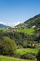 Austria, Tyrol, Pitztal Valley, Jerzens in Pitztal Valley with parish church | Oesterreich, Tirol, Pitztal, Jerzens im vorderen Pitztal mit Katholischer Pfarrkirche hl. Gotthard