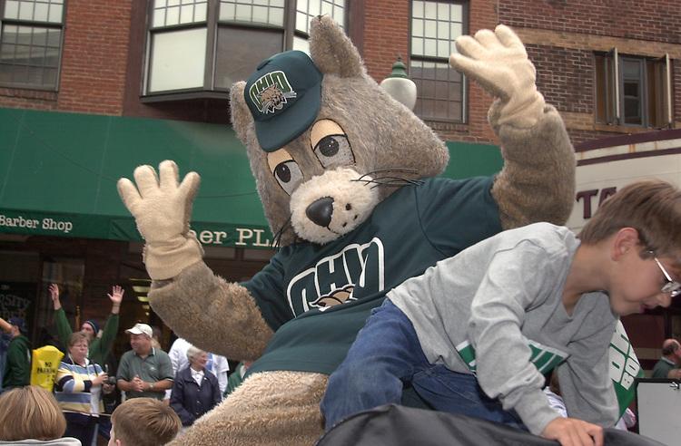 15568 Homecoming 2002  Parade