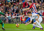 Kevin Gameiro of Club Atletico de Madrid fights for the ball with Federico Ricca Rostagnol of Malaga CF during their La Liga match between Club Atletico de Madrid and Malaga CF at the Estadio Vicente Calderón on 29 October 2016 in Madrid, Spain. Photo by Diego Gonzalez Souto / Power Sport Images